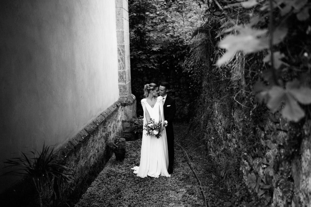 Black and white wedding portrait in Asturias Spain