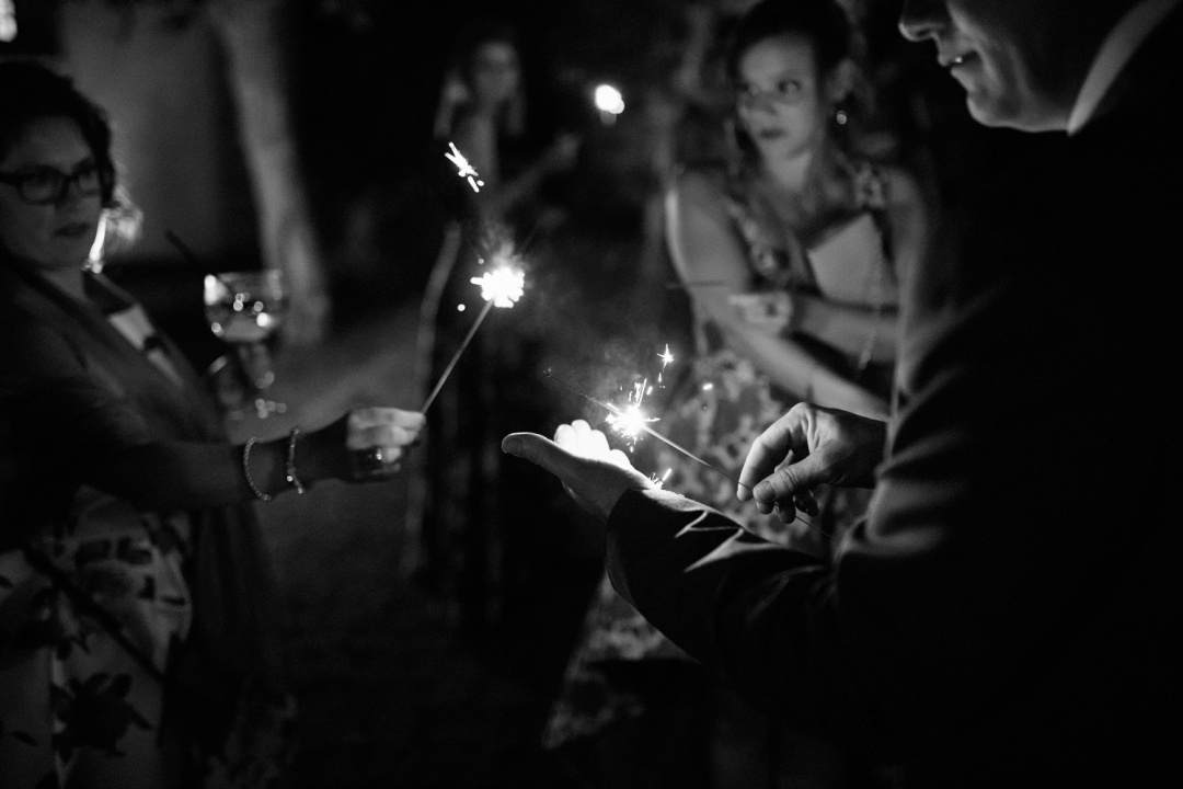 Sparklers are lit to exit the wedding in Asturias