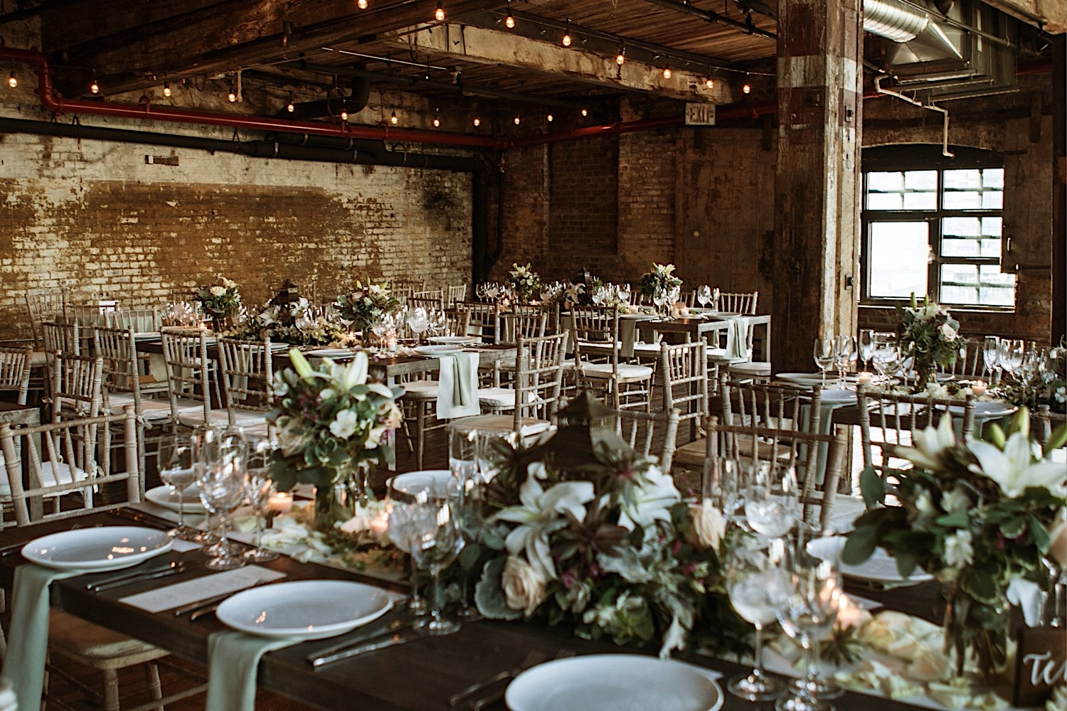 Floral tablescapes at wedding venue Greenpoint Loft in Brooklyn NYC